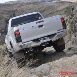 Toyota Hilux rear bar